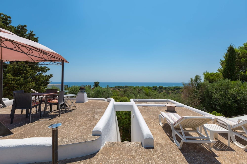 House, 2 Bedrooms (1333) - Water view