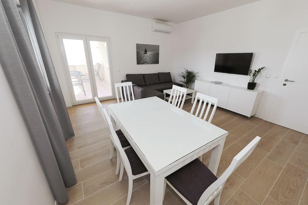 Vila typu Deluxe, 3 ložnice, soukromý bazén, výhled na moře - Stravování na pokoji