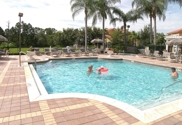 Emerald Island Resort Townhomes by RHN, Kissimmee, Outdoor Pool