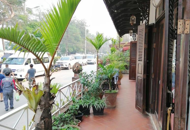 Luangprabang River Lodge, Luang Prabang, Terrasse/veranda