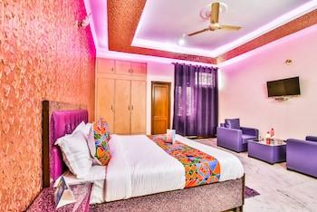 תמונה של FabHotel Prakash Apartment בNoida