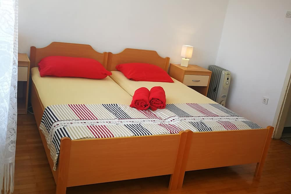 Family Apartment, Multiple Beds - Room
