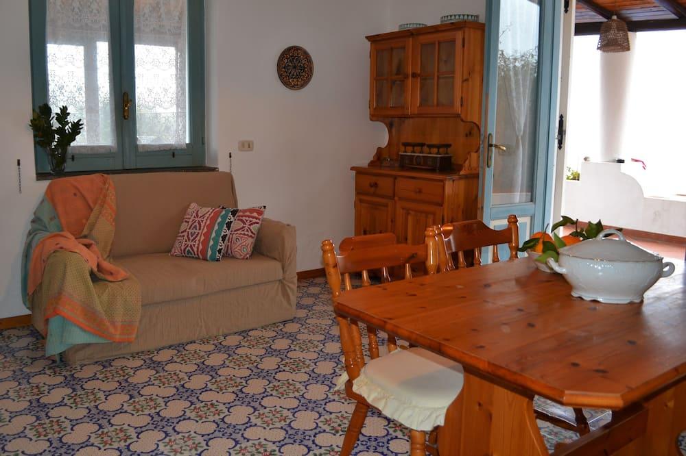 Apartemen, 2 kamar tidur, pemandangan kolam renang - Ruang Keluarga