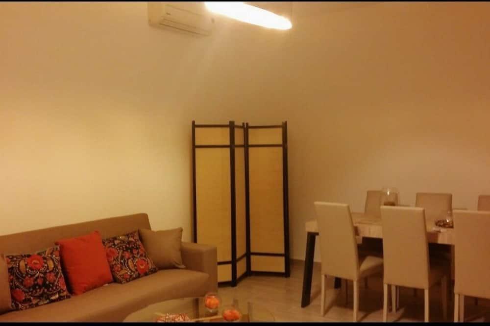 Duplex, 2 Bedrooms - Ruang Tamu