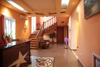 Naktsmītnes Brandy Factory Hotel attēls vietā Erevāna