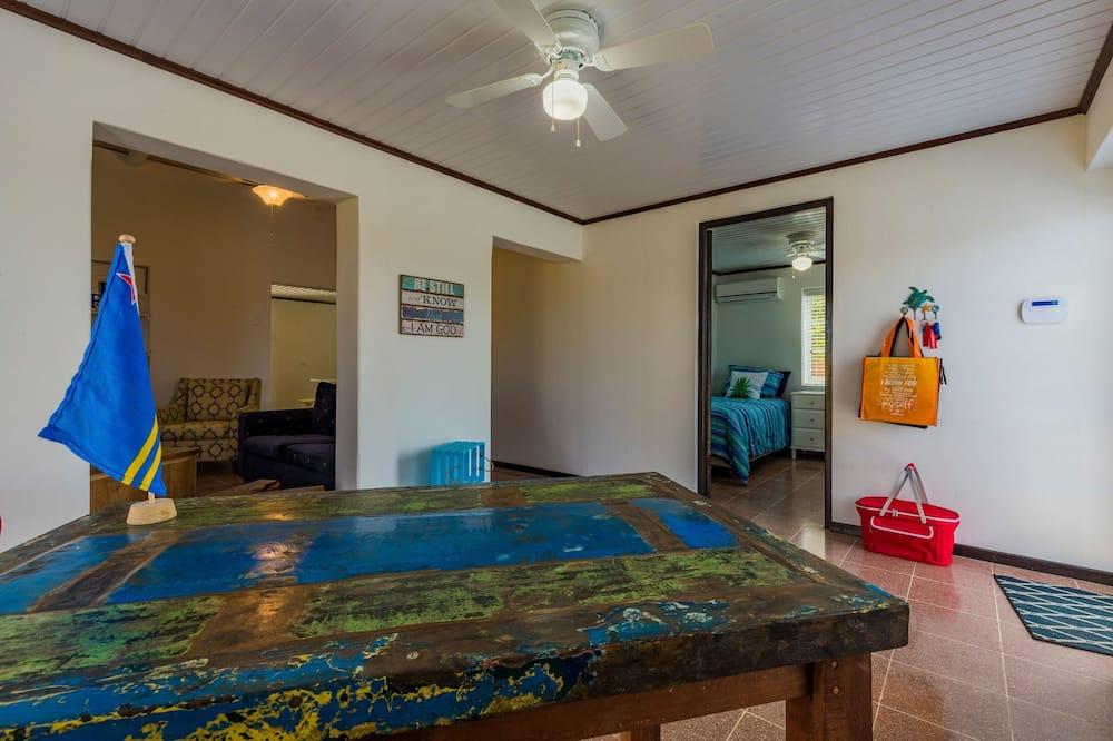 Classic-Haus, Mehrere Betten - Wohnbereich