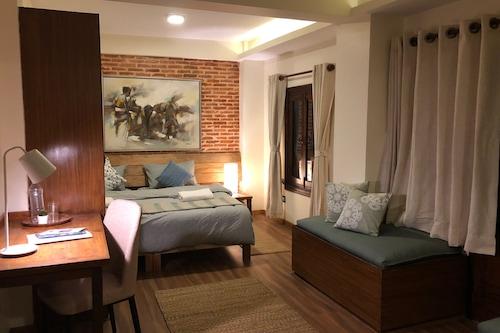 塔拉藝術之家飯店/