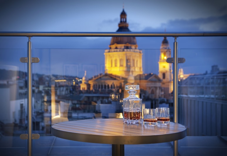 Hilton Garden Inn Budapest City Centre, Budapest, Suite, 1 Bedroom, View (Terrace), Terrace/Patio