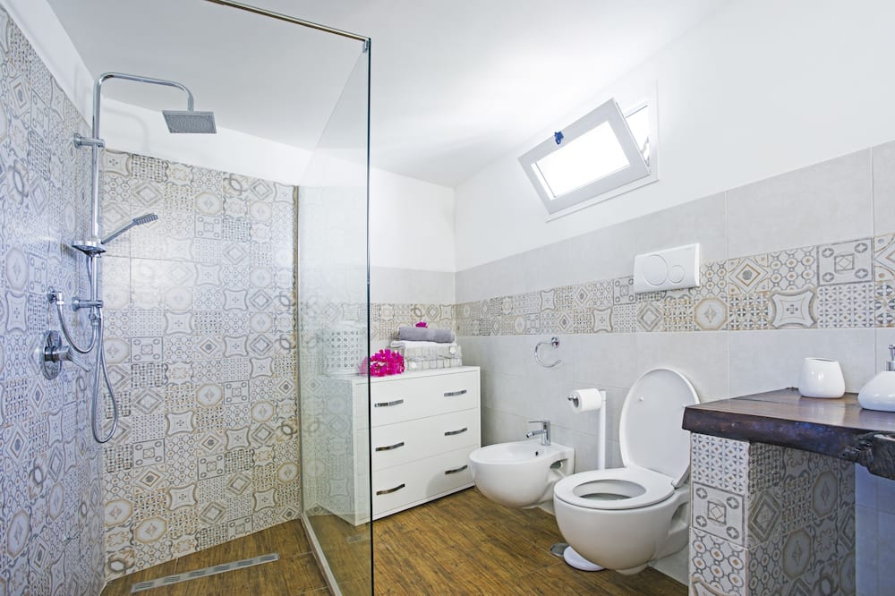 Exclusive Studio - Bathroom
