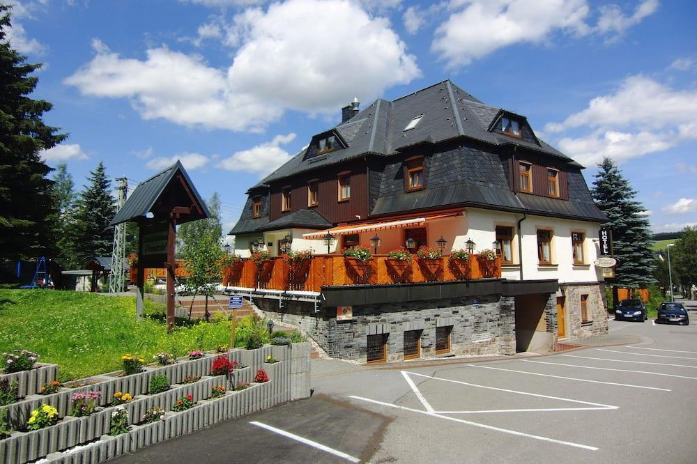 Hotel Vierenstraße, Sehmatal