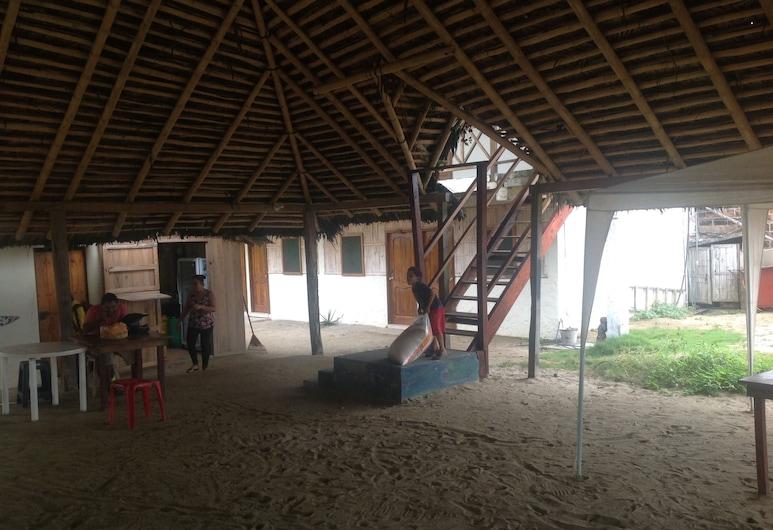 Hostal Bumba, Canoa, Terraza o patio