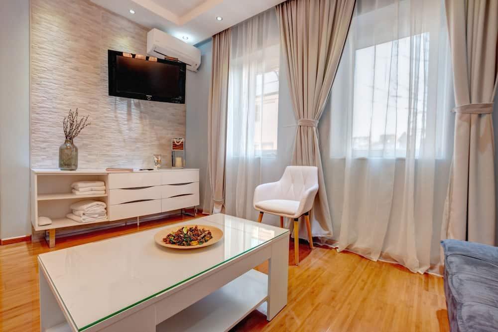 חדר קומפורט טווין, מיטה זוגית וספה נפתחת, נוף לגן - אזור מגורים