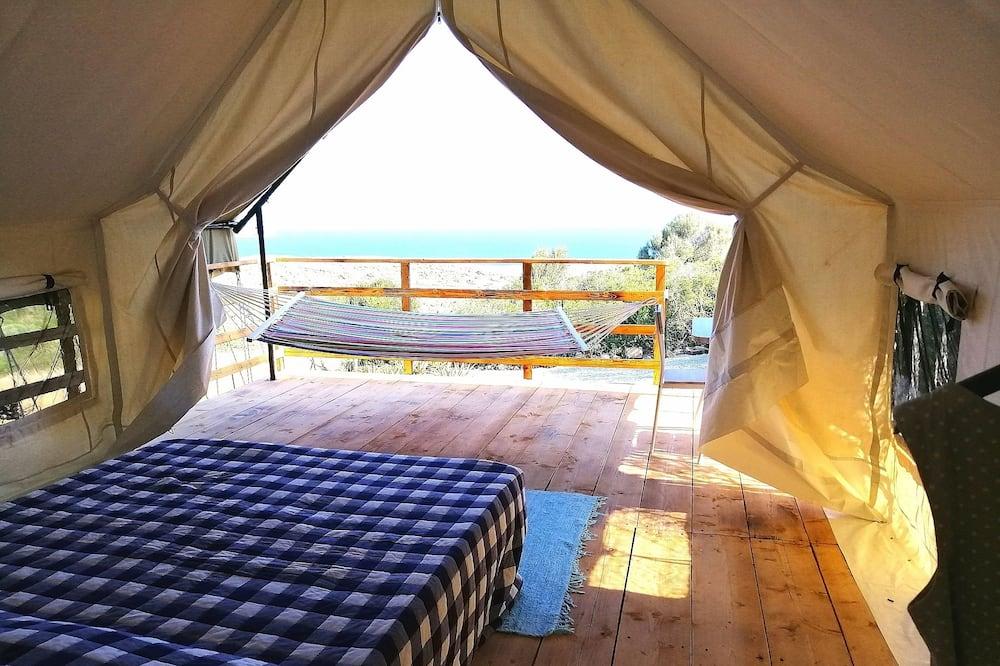 Deluxe Tent - Guest Room