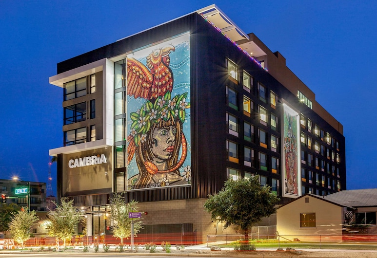 Cambria Hotel Downtown Phoenix Convention Center, Phoenix