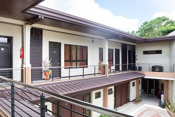 Picture of OYO 153 Monclaire Suites in Davao