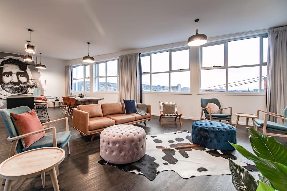 Appartamento, Letti multipli, vista città - Area soggiorno