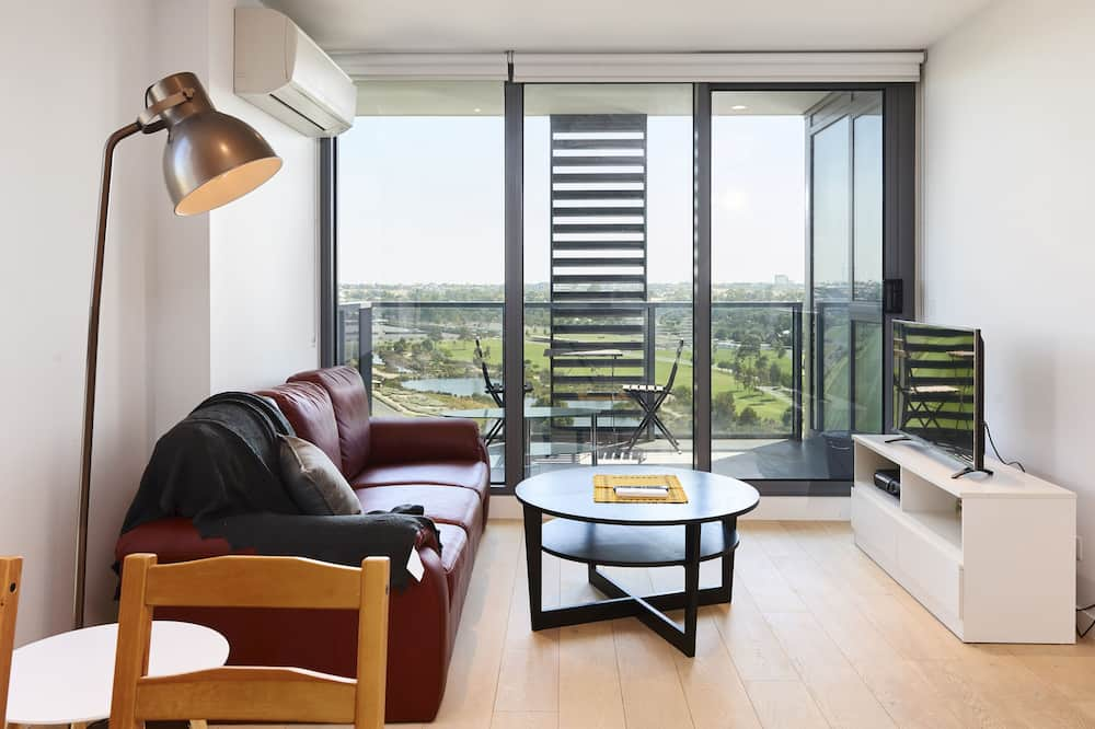 Deluxe Apartment, 2 Bedrooms - Living Area
