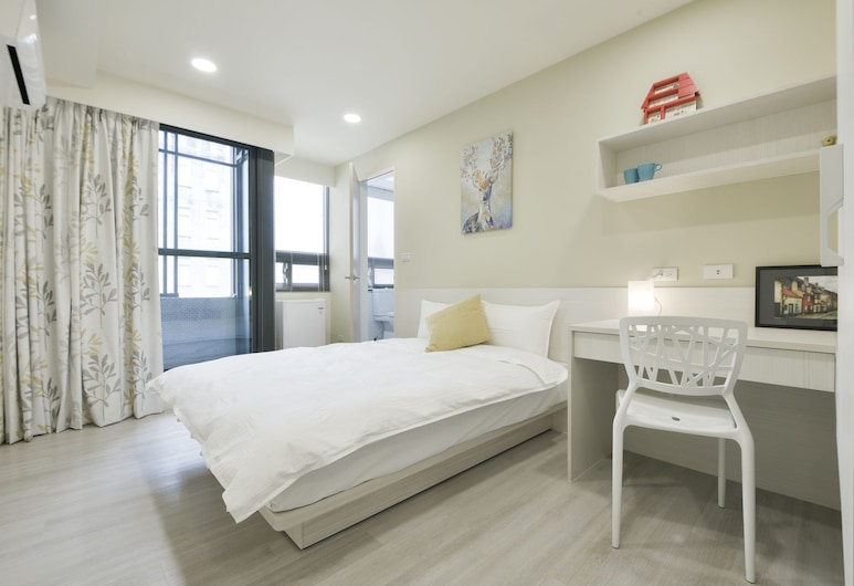 Yizhong Staycay, Taichung, Luxury Double Room, 1 Double Bed, Guest Room