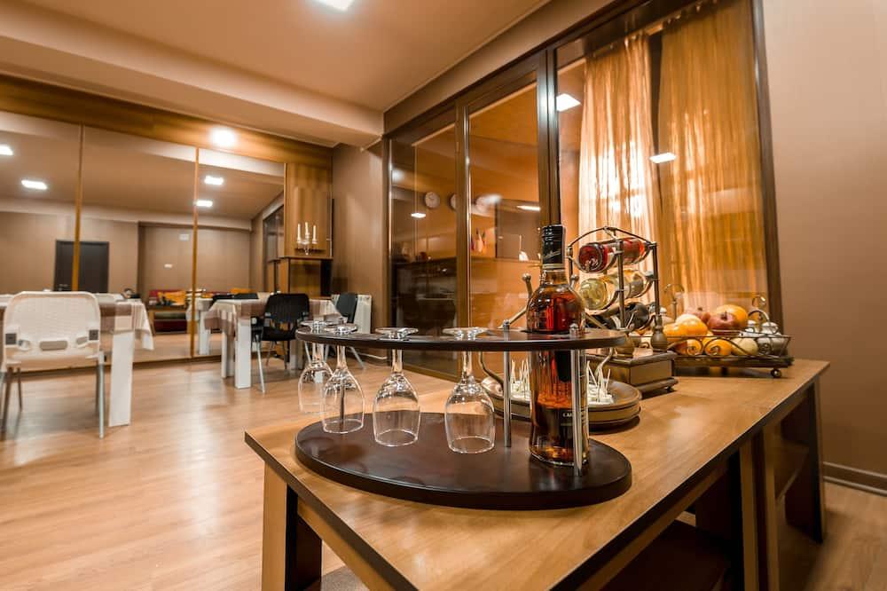 Standard Shared Dormitory - Shared kitchen
