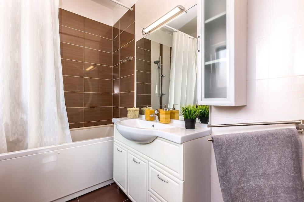 Lejlighed - 3 soveværelser - balkon - Badeværelse