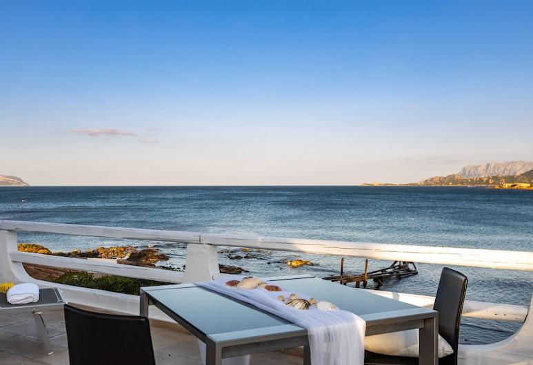 Luxury Wellness Villa Smeralda sul mare, Olbia, Property Grounds