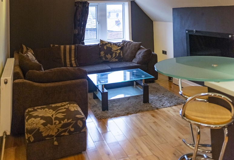 Luxury Apt No.2, Whitefield, Manchester, Apartment, 1 Queen Bed with Sofa bed, Living Room