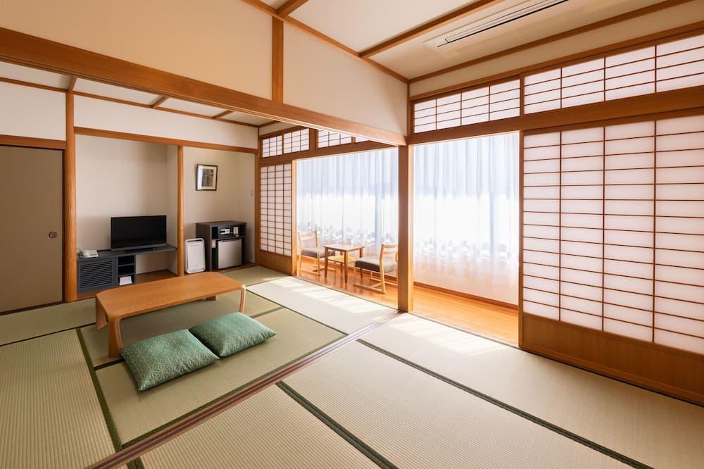 Традиционный четырехместный номер (B type, Japanese Style, 4 People) - Номер