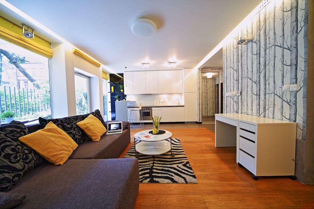 สแตนดาร์ดอพาร์ทเมนท์, เตียงใหญ่ 1 เตียง - ห้องนั่งเล่น