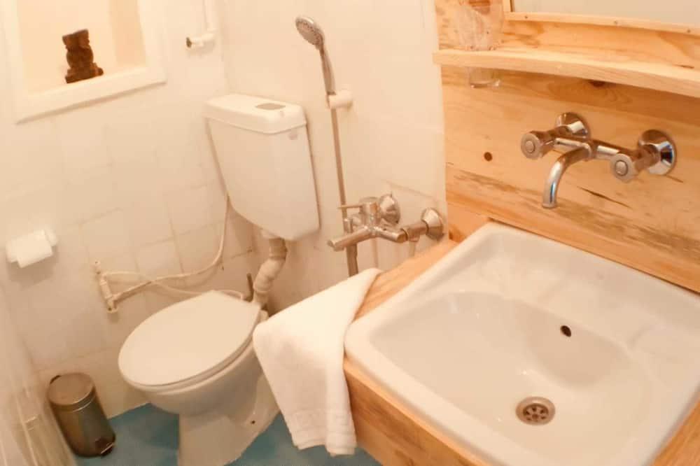 Habitación cuádruple, Varias camas - Baño