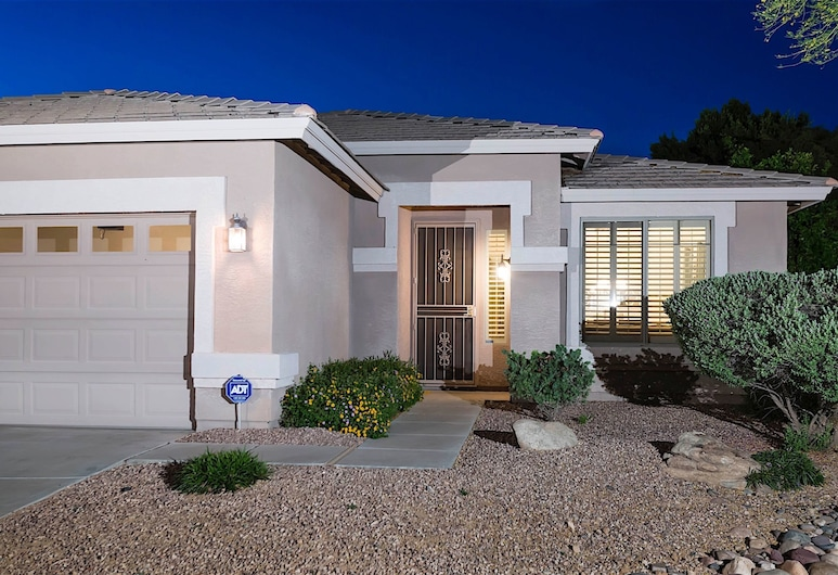 Hibiscus Haven 3 BR by Casago, Peoria, House, 3 Bedrooms, Front of property - evening