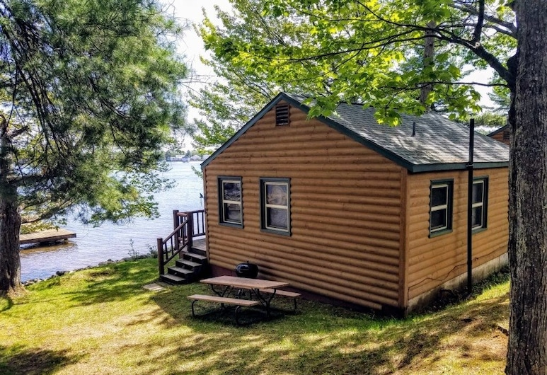 Minocqua Shores Resort - Cabin #1, Minocqua