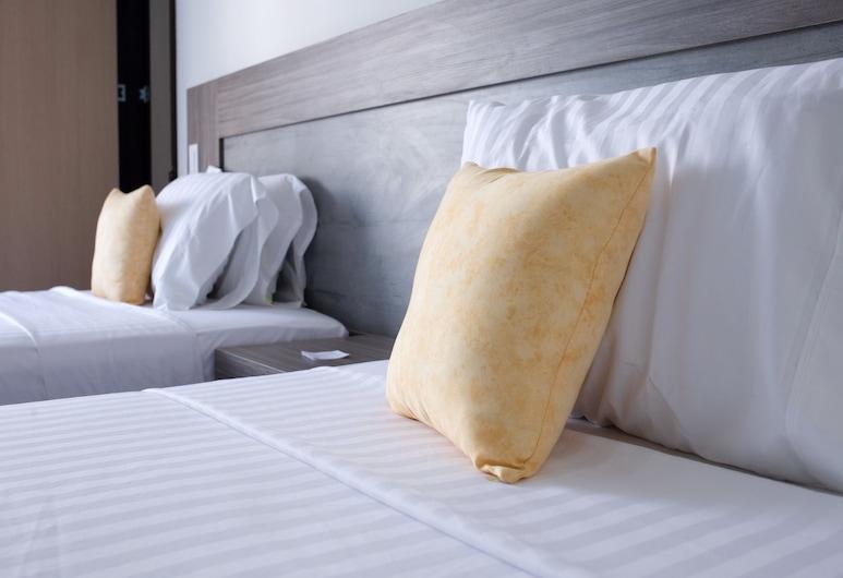 B&E Apartasuites Hotel , Kalis, Standartinio tipo dvivietis kambarys (2 viengulės lovos), virtuvėlė, Svečių kambarys