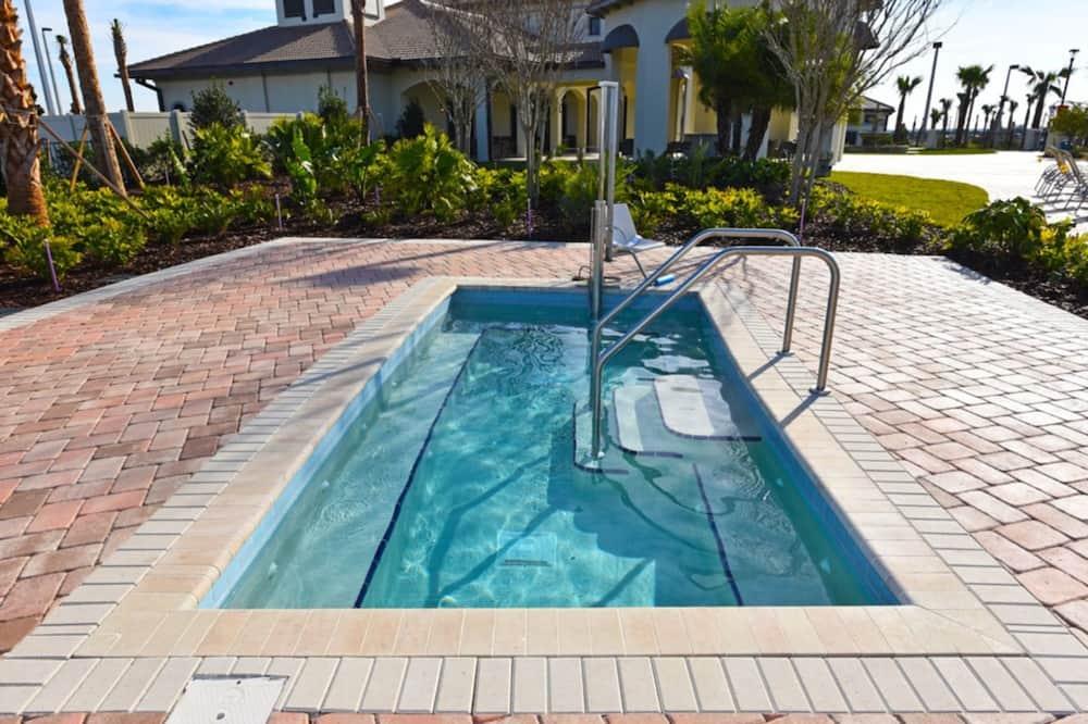 ハウス 5 ベッドルーム - 屋外プール