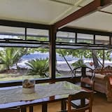 Bungalow, 1 Bedroom, 2 Bathrooms, Ocean View - Living Area