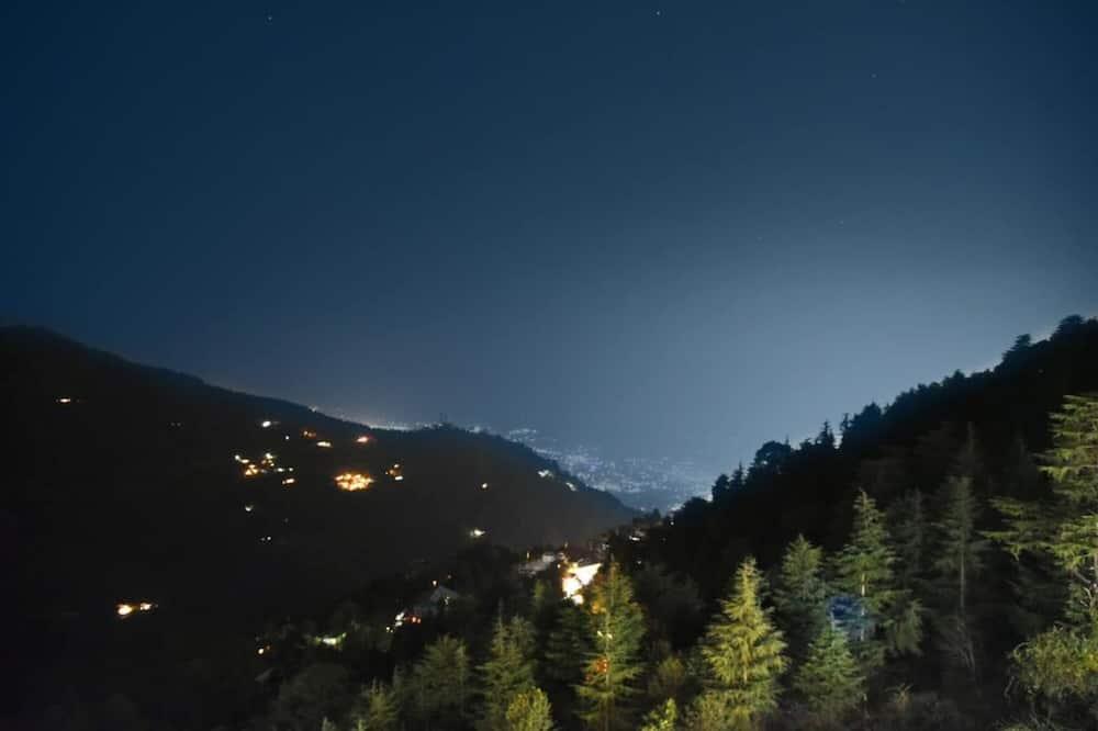 Deluxe Room With Balcony (Mountain View) - Uitzicht op bergen