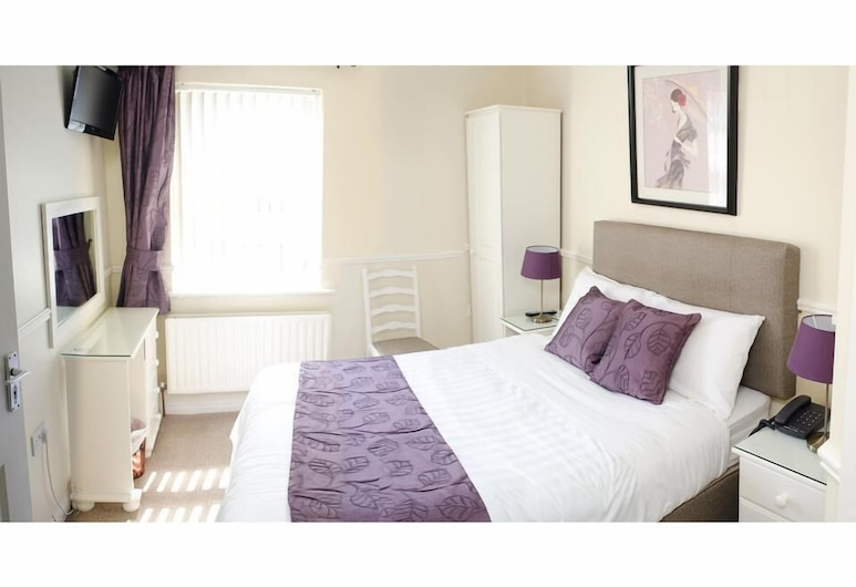 Kennys Guesthouse, Castlebar, Single Room, Guest Room