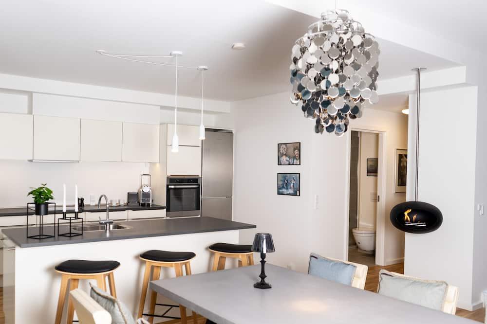 Suite de lujo, 2 habitaciones, vista a la ciudad - Sala de estar