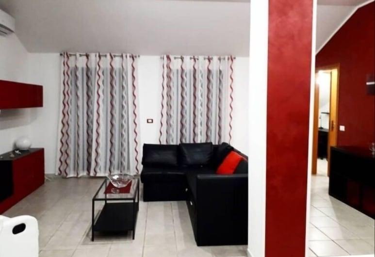 Mansarda MichiEdo, Solarino, Διαμέρισμα, 2 Υπνοδωμάτια, Βεράντα, Περιοχή καθιστικού