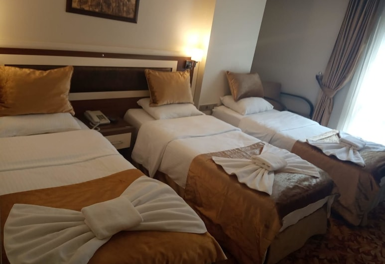 Grand Anatolia Hotel, Istanbul, Standard Triple Room, Guest Room