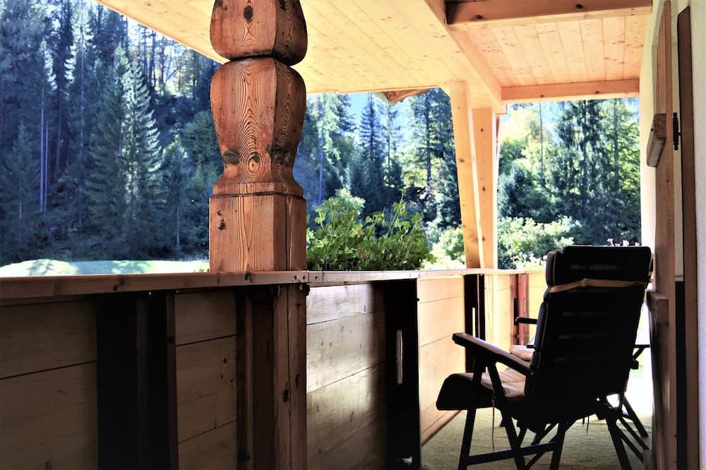 شقة بانوراما - سرير ملكي مع أريكة سرير - منظر للجبل (Panorama incl. cleaning fee 70 EUR) - شُرفة