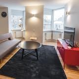 Apartment, 1 Bedroom (Orange Van) - Living Area