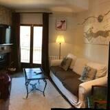 Apart Daire, 3 Yatak Odası - Oturma Alanı