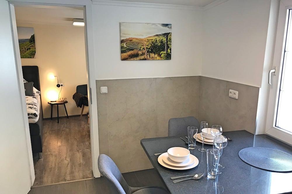 Lägenhet Comfort (lila) - Matservice på rummet