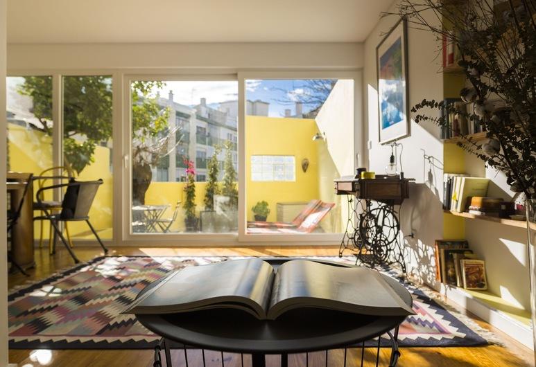 Campo Ourique Style Lisbon Apartment, Lisbon