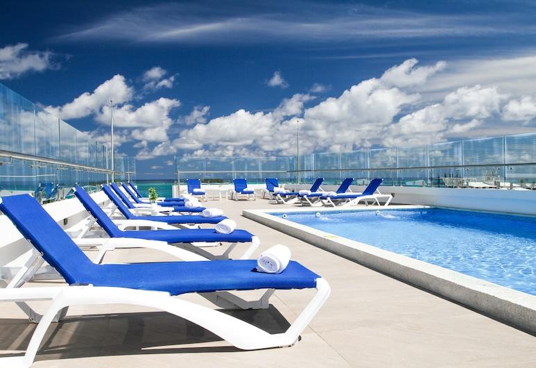 Azure Lofts & Pool Hotel, San Andres, Pool
