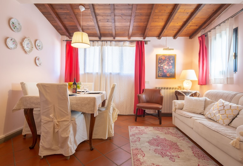Mercato Centrale Sweet, Florence, Comfort Apartment, 2 Bedrooms, Living Room