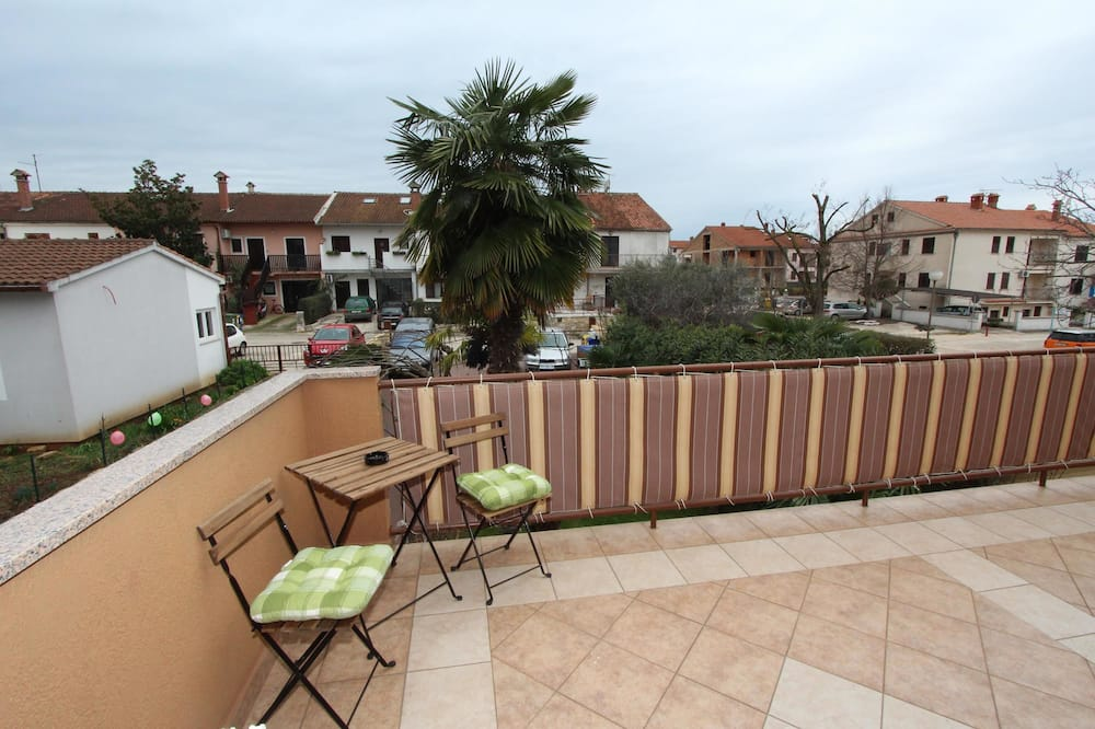Double Room, 1 Queen Bed, Balcony - Balcony