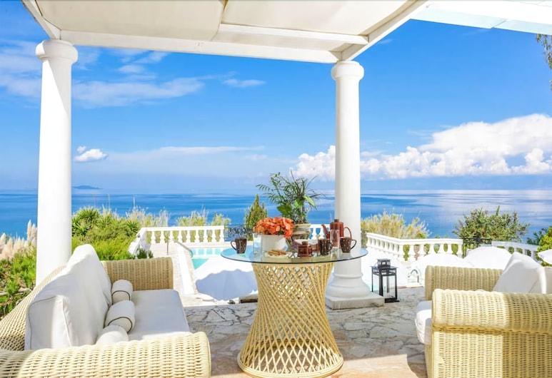 Villa Stella, Korfu, Villa, 4 soverom, privat basseng, utsikt mot sjø, Terrasse/veranda