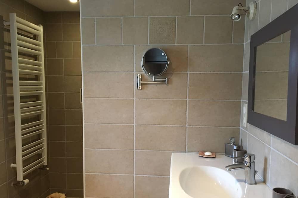 Suite Keluarga - Kamar mandi