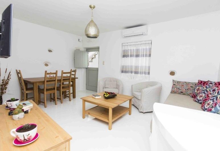 Aegean White Home, Grad Naxos